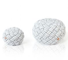 Knotty (designed by Kumeko in Prague) is made from soft jersey tubes stuffed with foam. The inner lining of the cushion is filled with polystyrene balls so the seat can constantly adjust and mold to your body shape.