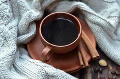 Kawa po tatarsku, bardzo aromatyczna, z wanilią, cynamonem i kardamonem, dla relaksu, odpoczynku, spokojnego celebrowania.