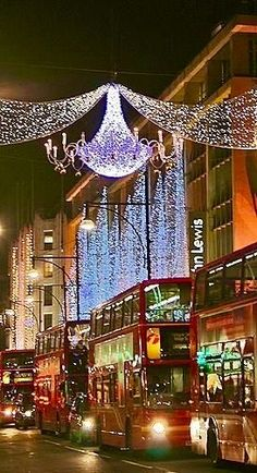 London at Christmas. I want to see London at Christmas. Christmas In England, London Christmas, Noel Christmas, Christmas Lights, Xmas, Christmas Markets, Christmas Scenes, Chicago Christmas, Holiday Lights