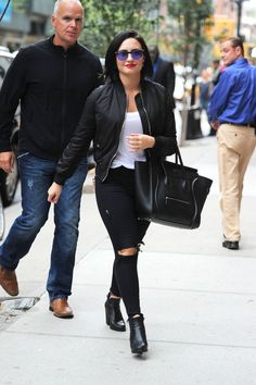 44 Times Demi Lovato Looked Absolutely Flawless Summer Outfits, Casual Outfits, Fashion Outfits, Fall Outfits, Rock Look, Demi Lovato Style, Demi Lovato Body, Afro, Celebrity Look