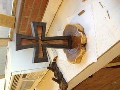 Unity Cross made for a wedding. Woodworking For Kids, Woodworking Basics, Woodworking Patterns, Woodworking Projects Diy, Woodworking Furniture, Wood Projects, Woodworking Plans, Diy Furniture, Wedding Unity Cross