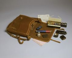 Winsor & Newton painting satchel owned by Queen Victoria