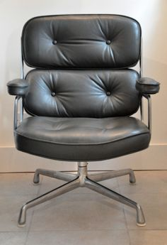 Eames/Herman Miller Green Time Life chair