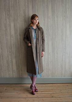 Caramel; Tuff Woman Coat, Harris Tweed