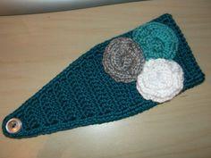 Crochet Headband Earwarmer Fall Winter Headwrap- Teal with white grey aqua flower rosettes ...would match my COAT!
