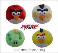 DIY Angry Bird Cupcakes + free printable tag at Kiki and Company