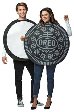 OFF or FREE SHIP -Oreo In One Adult Costume : What is better than an Oreo cookie? A double stuffed Oreo cookie! This yummy costume is a great idea for a couples Halloween costume! Costume includes two foam-backed polyester Oreo tunics. Costumes Duo, Funny Diy Costumes, Diy Costumes For Boys, Cute Couples Costumes, Couples Halloween, Cute Couple Halloween Costumes, Food Costumes, Easy Diy Costumes, Couple Costumes