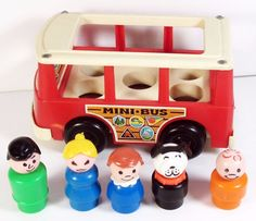 Fisher Price Play Family Mini Bus #151 Complete with Dog #FisherPrice