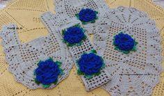 Crochê da Gi: Jogo de banheiro com flores azuis