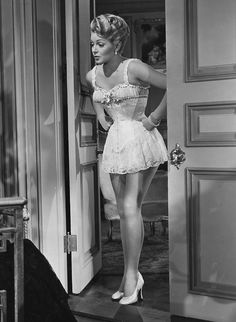 Lana Turner in The Merry Widow (1952)