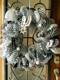 San Antonio Spurs wreath