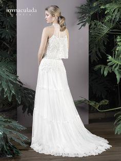 Dress: DAICHI / Collection: HANAMI - My Essentials 2017 Formal Dresses, Wedding Dresses, One Shoulder Wedding Dress, Essentials, Collection, Fashion, Couture, Bridal Gowns, Boyfriends