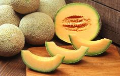 Cantaloupe or musk melon is a fruit that is not only refreshing and tasty but very healthy as well. Learn about the many nutritional and health benefits cantaloupe consumption offers. Cantaloupe And Melon, Cantaloupe Calories, Growing Cantaloupe, Cantaloupe Smoothie, Smoothies, Growing Melons, Health Tips, Sweets, Smoothie