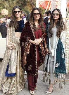 Love these outfits Indian Attire, Indian Ethnic Wear, Indian Suits, Punjabi Suits, Pakistani Wedding Outfits, Pakistani Dresses, Pakistani Kurta, Indian Dresses, Indian Designer Outfits