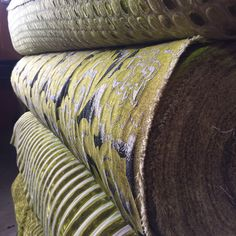 #importedfabrci #hertex #green #upholstery #fabric Green Furniture, Natural Interior, Green Rooms, Raw Wood, Upholstery, Neutral, Throw Pillows, Interior Design, Fabric