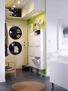 Den engen Flur clever einrichten (Quelle: Hersteller\Ikea) Über den Türen Stauraum schaffen! CLEVER