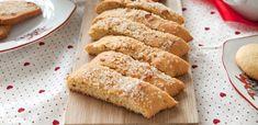 Oppskrift på Tebrød | Julekaker fra Melange Snacks, Food And Drink, Biscotti, Xmas, Bread, Baking, Dessert, Cakes, Appetizers