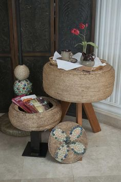 Mesa, lámpara y mini baúl de llanta reciclada.. Crea el espacio perfecto en tu casa y oficina!