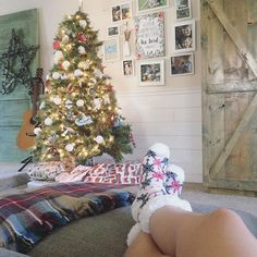 Happy Saturday! We're lounging back watching Bambi today. I wanted to watch a Christmas movie but I was overruled. But these giant cozy socks are amazing. I found them on sale for $5.99 and my heart is now whole. And if you are looking for Perfect Christmas tree inspiration you can keep scrolling. My tree was decorated by two mancubs and I didn't move a single thing. It used to kill me to not redecorate the tree. Really I just wanted to buy all new ornaments. But it's something I've let go…