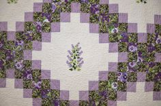 Images of Irish Quilts | Irish chain quilt shown in the QSAI 2011 show.
