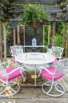 Learn how to paint metal patio furniture and the best type of paint to use for an easy and cheap way to upgrade your outdoor decor. | Painting Tips Painted Outdoor Furniture, Metal Patio Furniture, Outdoor Furniture Design, Furniture Ideas, Rustic Furniture, Antique Furniture, Furniture Styles, Industrial Furniture, Office Furniture
