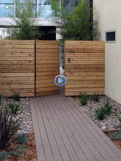 right part fixed, middle gate- right part fixed, middle gate  -#backyardbarbeque... Wood Fence Design, Gate Design, Modern Fence Design, Backyard Gates, Garden Gates, Driveway Gate, Backyard Ideas, Tor Design, Diy Fence