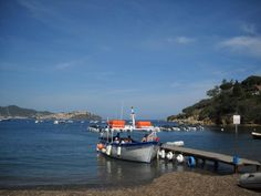 Che pace che tranquillità, che scorcio! from Bagnaia, Rio Nell'Elba #Elba #Toscana #Tuscany Photo Valentina Caffieri