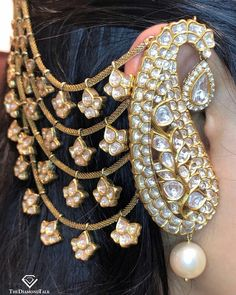 Antique Jewellery Designs, Fancy Jewellery, Gold Earrings Designs, Antique Jewelry, Bridal Jewellery, Pearl Jewelry, Jewelery, Rajputi Jewellery, Indian Jewelry Sets