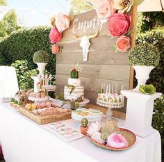 This adorable Mexican Fiesta Birthday Party theme has cactus, pinatas and a bohemian vibe. In soft pinks, greens and gold it has a rustic touch. Country Birthday Party, Mexican Fiesta Birthday Party, Rustic Birthday Parties, Cowgirl Birthday, Cowgirl Party, 18th Birthday Party, Birthday Party Themes, Rustic Theme Party, Birthday Ideas