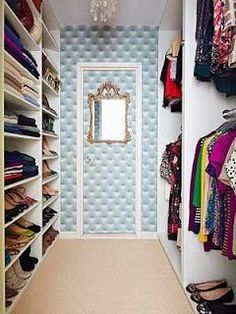 want this tufted wall in my closet. doing it!!!