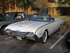 ✿1962 Ford T-Bird✿ Cool Trucks, Cool Cars, Classic Trucks, Classic Cars, Old American Cars, 1960s Cars, Convertible, Ford Thunderbird, Unique Cars