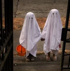 ghost costumes for Halloween! #halloween #costumes #ghosts