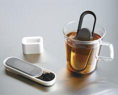 計量スプーンにもなる茶こし(ティーストレーナー)【Loop Tea Strainer】 インテリアハック