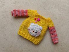 Yellow bear #sweater jumper for #Blythe and similar por #Mitilene