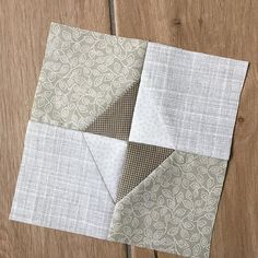 Finished Block 12 of for the .Simplicity has a beauty all . Monochromatic Quilt, Neutral Quilt, Patchwork Quilt Patterns, Modern Quilt Patterns, Quilting Projects, Quilting Designs, Low Volume Quilt, Farmhouse Quilts, Electric Quilt