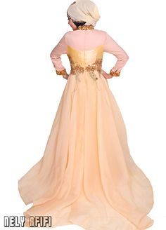 http://nelyafifi.com/jahit-gaun-pengantin-muslimah-designer/ Designer Gaun Pengantin Muslimah sms/wa 0821.4284.5152