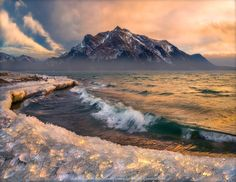 The Ice Beach - A moment of light at the Abraham Lake beach, Alberta, Canada,