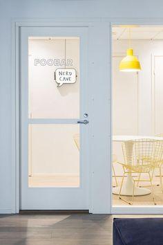 Foobar meeting room at Bonusway's Helsinki offices. #office #design #moderndesign http://www.ironageoffice.com/