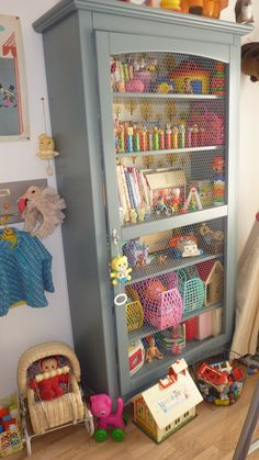 DIY leuk idee voor de kinderkamer kast | love this idea