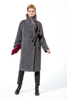 Gamelia - Коллекция Осень - Зима 2017/18 Niqab Fashion, Fashion Outfits, Womens Fashion, Iranian Women Fashion, Apron Dress, Vest Jacket, Winter Coat, Capsule Wardrobe, Stylish Outfits