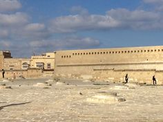 In Valetta experience the legacy of the British and Romans as you wander through the fortress - Fort St Elmo is the scene today of the `In Guardia' and 'Alarme' historical re-enactments. Today you can see the colourful parades in summer.