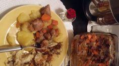 MEAT FRIED, Potaotoes and Pasta. YUM. LIHAPATAA, KARJALAN-PALAPAISTI, perunoita ja lisuke RECOMMENDED. Smile