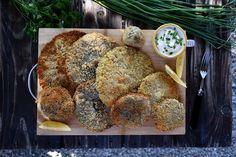 Ciuperci pane » Bucătăria Familiei Mele » Ciuperci pane Stuffed Mushrooms, Vegetables, Food, Red Peppers, Hoods, Vegetable Recipes, Meals, Stuff Mushrooms, Veggies