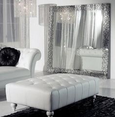 Love Your Place: Sophisticated Modern Italian Glamour in Black & White Decor