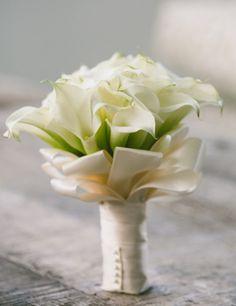 luxury white calla lillies wedding bouquet