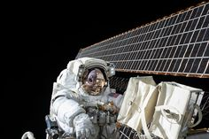 Scott Kelly on the Second Spacewalk of Expedition 45