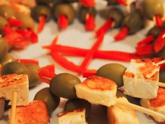 Tapas, Cake Pops, Cheese Bites, Cooking, Red Bell Peppers, Events, Green, Finger Foods, Gastronomia