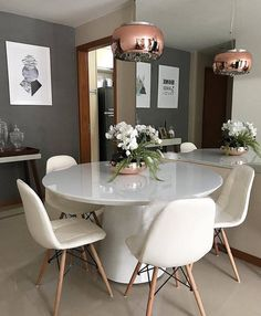 50 economical apartment living room design ideas on a budget 46 Luxury Dining Room, Dining Room Design, Dining Room Furniture, Interior Design Living Room, Living Room Decor, Dining Rooms, Dinner Room, Glass Dining Table, Dining Tables