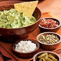I learned to make really good guacamole on a ranch in the middle of Montana where I cooked for a family of die-hard Mexican-food fans. This family frequently requested Mexican dinner buffets, complete with a mix of salsas, guacamole and homemade tortilla chips. Having to make guacamole over and over