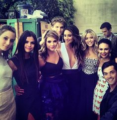 Pretty Little Liars cast